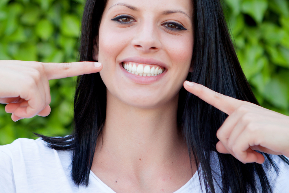 Snap On Smiles: The Affordable Alternative to Veneers